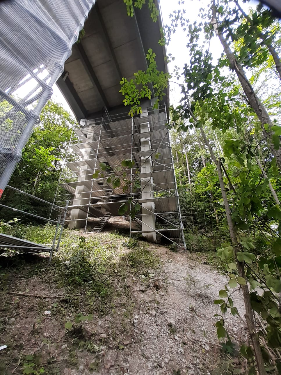 Brückenpfeiler Übersaxen